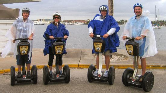 Segway Tours of Naples: Group pic, rain gear on, Big Fun!