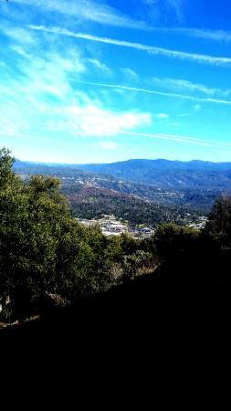 Yosemite Sierra View Bed & Breakfast: Sierra view