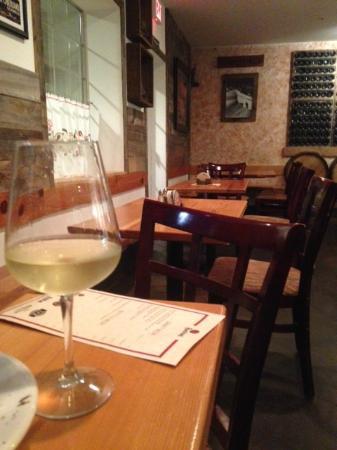 Glacier Haus Bistro & Pizza : Nice wine selection - at a good price