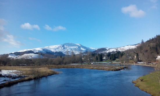 The Waverley Hotel: Callander from bridge
