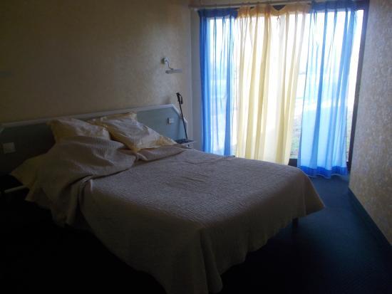 L 39 enclos motel donneville france voir les tarifs 28 for Trouver un motel