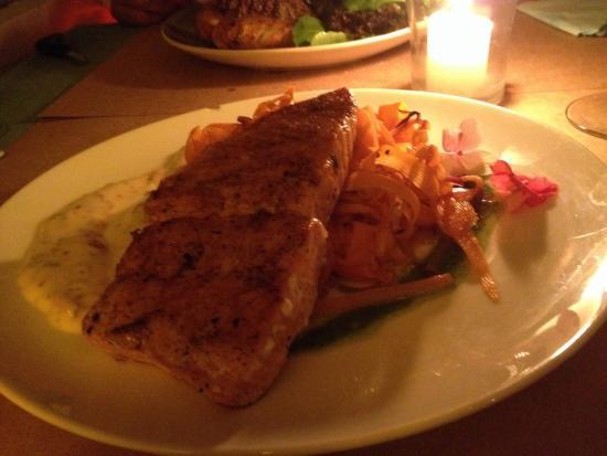 El Almacen, Casa de Alimentos: Salmao com cenoura