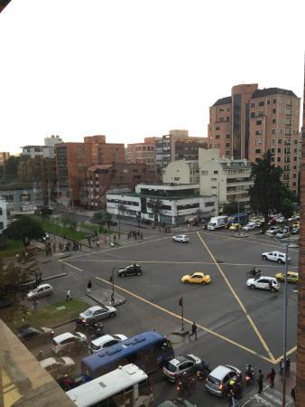 Bogota Plaza Summit Hotel: Buena ubicación y excelente zona.