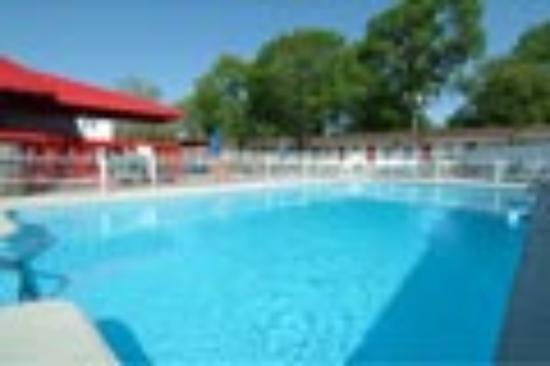 Hotel Motel Le Gite Inc.: piscine chauffee