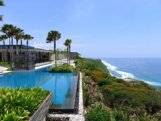 Alila Villas Uluwatu: Public Pool view