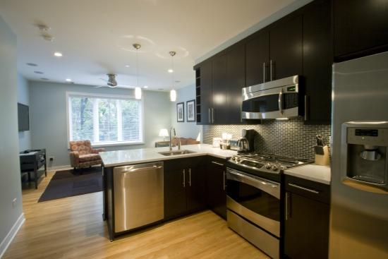 The Flats at Loyola Station: Kitchen
