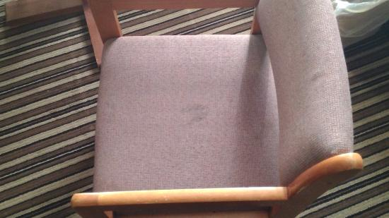 Super 8 by Wyndham Harrington: Ewww who been sitting in this chair doing what?