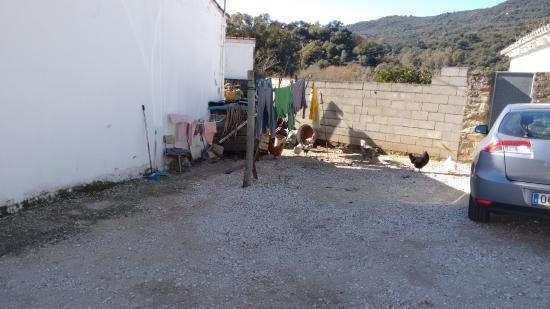 Casa Rural AhORA: aparcamiento