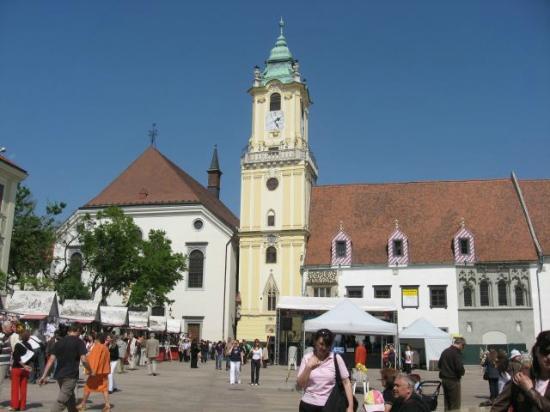 Luka Tours - Bratislava Sightseeing