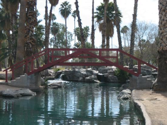 Encanto Park: The rebuilt red bridge