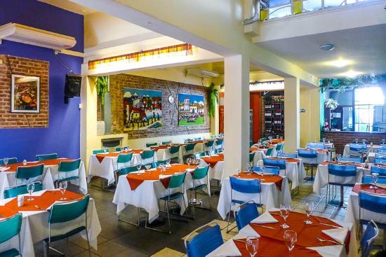 Sabores Del Peru: Interior del Restaurante