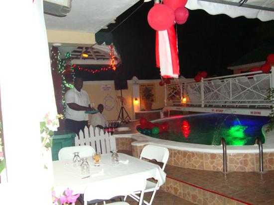 Riseland, Tobago: pool side function