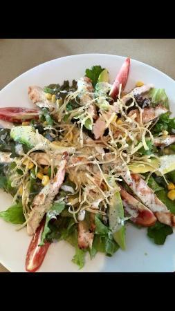 El Segundo: Great salad!