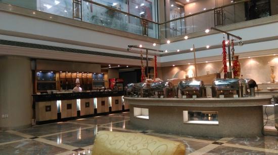 Baoan Hotel: 早餐用餐地點