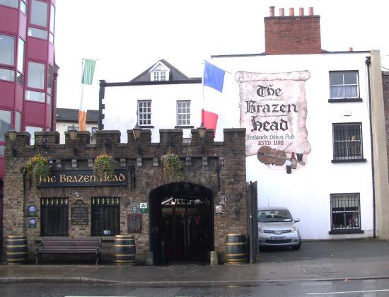 Brazenhead Pub: Looking good
