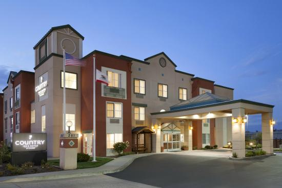 Country Inn & Suites By Carlson, San Carlos: Exterior Night