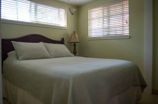 Sprecks Plantation House: Hibiscus bedroom