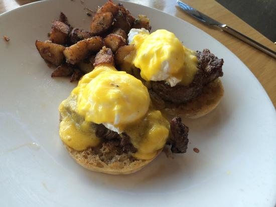 Elements at Sanctuary Camelback Mountain : Fillet mignon eggs Benedict with truffle oil hollandaise AWESOME!!!