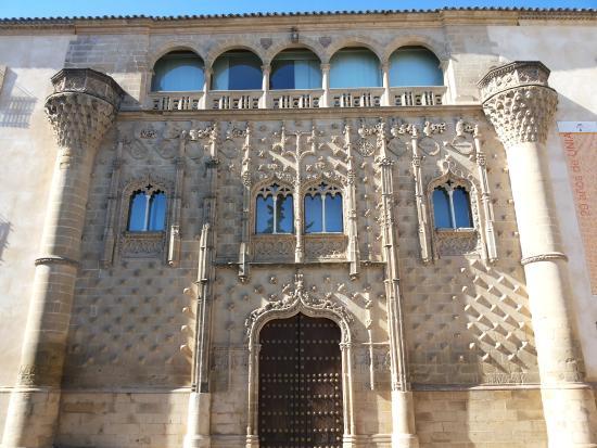 escalinata - Picture of Palacio de Jabalquinto, Baeza - TripAdvisor
