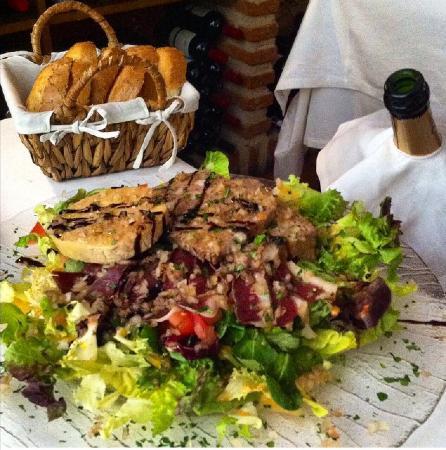 Restaurant La Esquina Del Real : Ensalada Perigort. Buenísima!!!