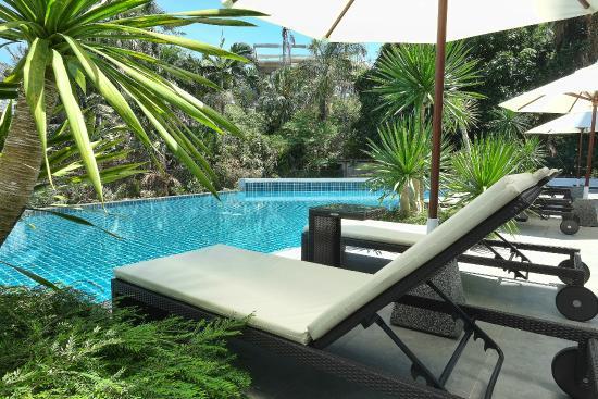Sansuri Resort Phuket: Loungers