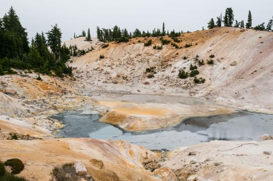 Hydrothermal Pool Picture of Bumpass Hell Lassen Volcanic