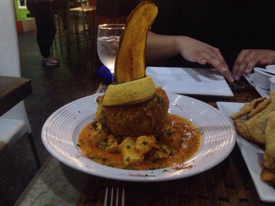 Restaurante Sabores : Chicken mofongo (trifongo)