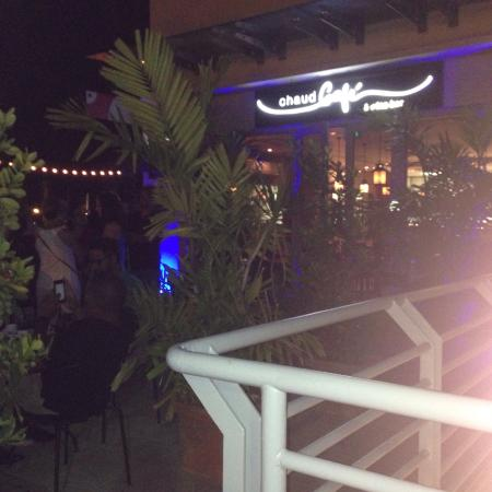 Chaud Cafe & Wine Bar : Terrace