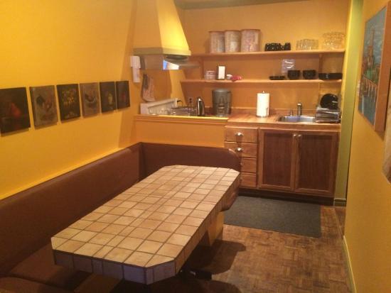 B&B Le Cartier: Kitchen