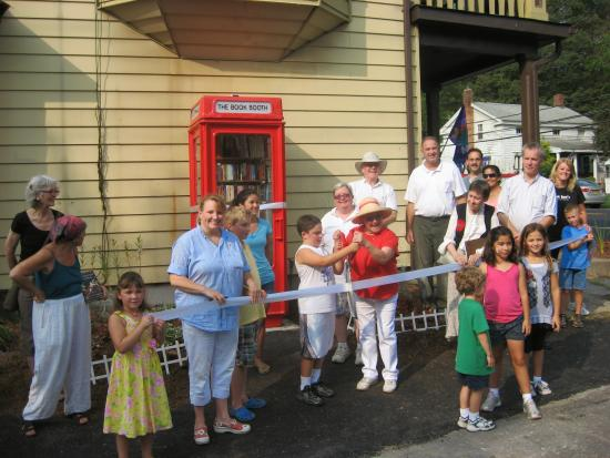 Clinton Corners, NY: Grand Opening