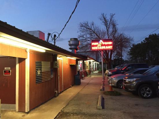 Fish Pond Restaurant Willis Restaurant Reviews Phone