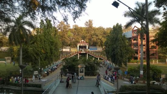 Wonderful banquet halls in Pune near Saras Baug