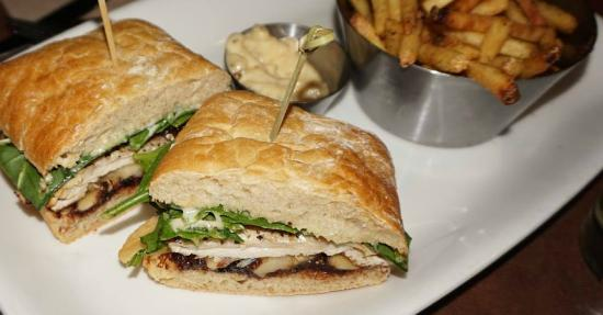 Earls: Chicken Brie Sandwich