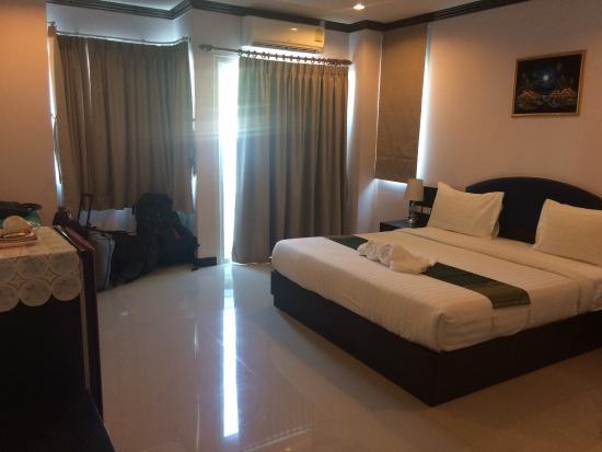 91 Residence Patong Beach: Ottimo posto! Molto servizievoli
