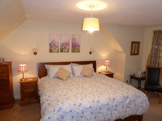 Old Oak Bed & Breakfast : Bedroom
