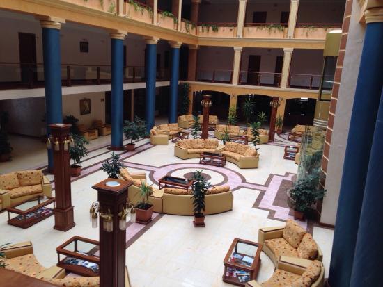 Hotel Russia : Зал