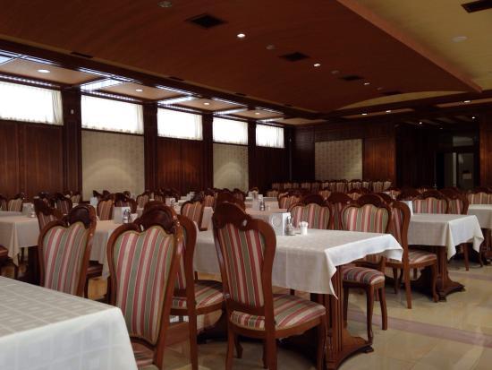 Hotel Russia : Ресторан