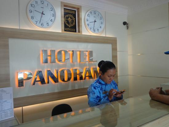 Hotel Panorama: Reception Counter