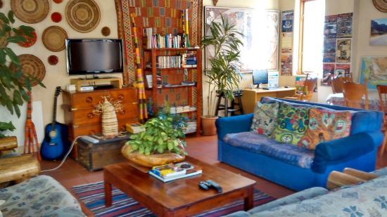 Amber Tree Lodge: Living room