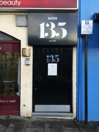 bar-135.jpg
