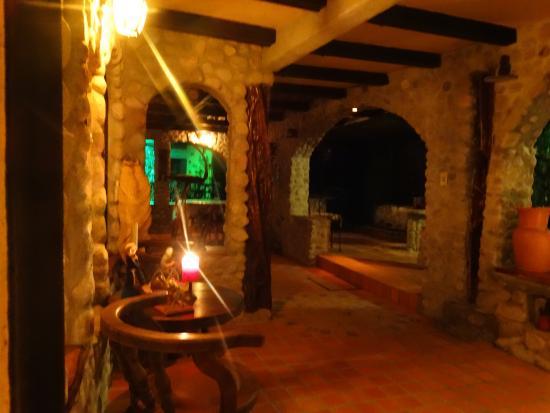 Casa Di Pietra: Warm atmosphere