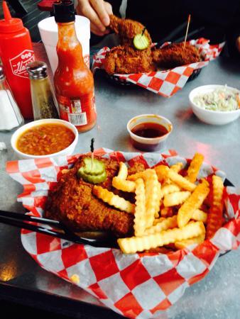 Hattie B S Hot Chicken Nashville 112 19th Ave S
