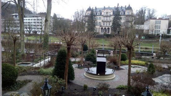 Hotel Residenz am Rosengarten & Villa Residenz : вид из выхода на террасу
