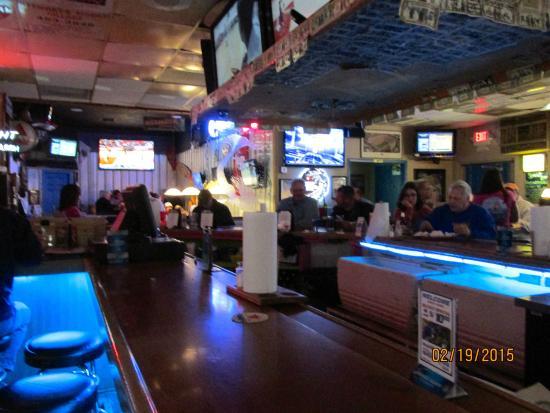 Sebring, FL: Bar