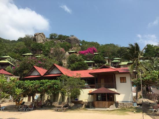 Family Tanote Bay Resort : photo from the beach