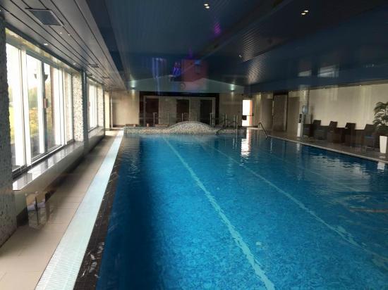 London Beach Country Hotel & Spa: spa pool