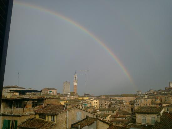I Tetti di Siena: superior room view(rainbow)