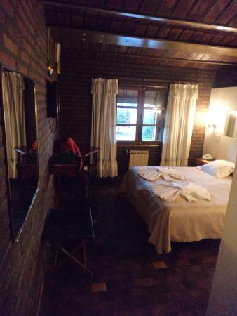 Portal del Lago Hotel: Panoramica della camera