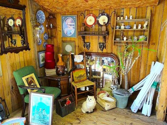 ‪Southern Pickers Antiques‬
