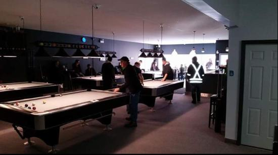 Fort Frances, Canadá: 8 Ball & 9 Ball Tourney!